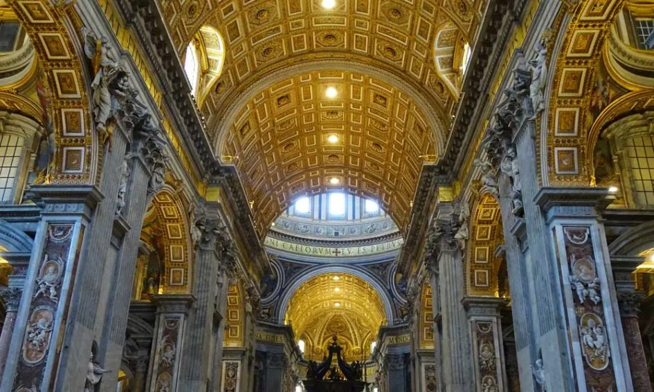 Rome holiday tips - shows interior of St Peter's Church
