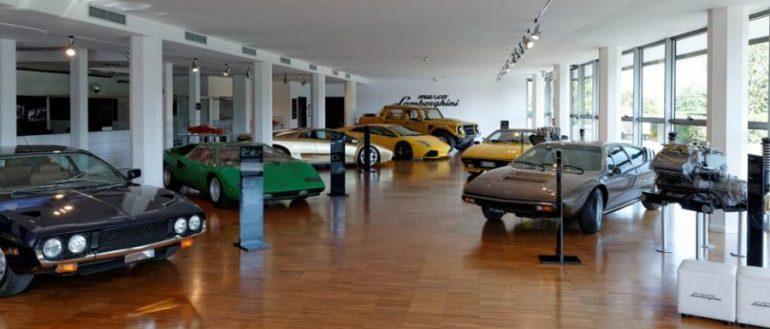 lamborghini_museum_sant_agata_bolognese_italien_worldtravlr_net-1