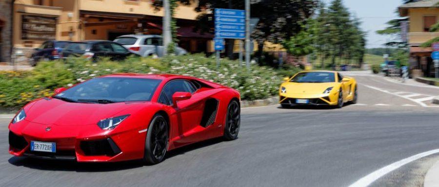 lamborghini_spotted_on_italian_roads_worldtravlr_net-1