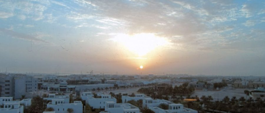 Blick am Morgen auf Abu Dhabi aus dem 6. Stock