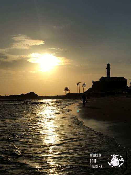 sunset farol da barra beach