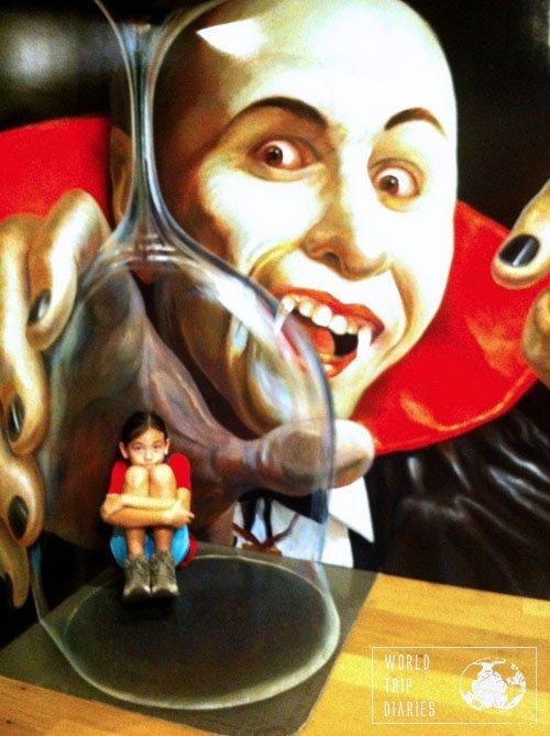 tokyo trick art museum vampire