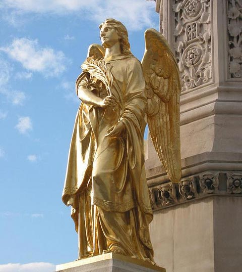 gold_angel_statue