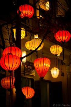 Night view of Hoi An
