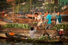 Trading at the floating market