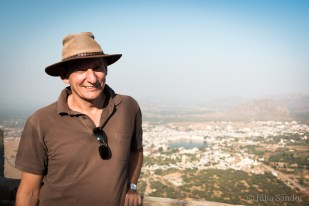India impressions: Werner and the Pushkar Lake from above