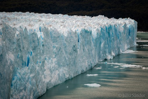 Several kilometers wide ice front of the Perito Moreno glacier