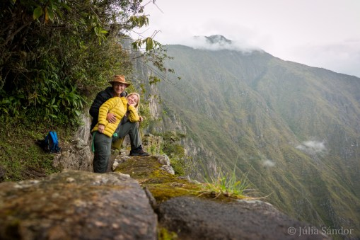 On the way to the Inca bridge
