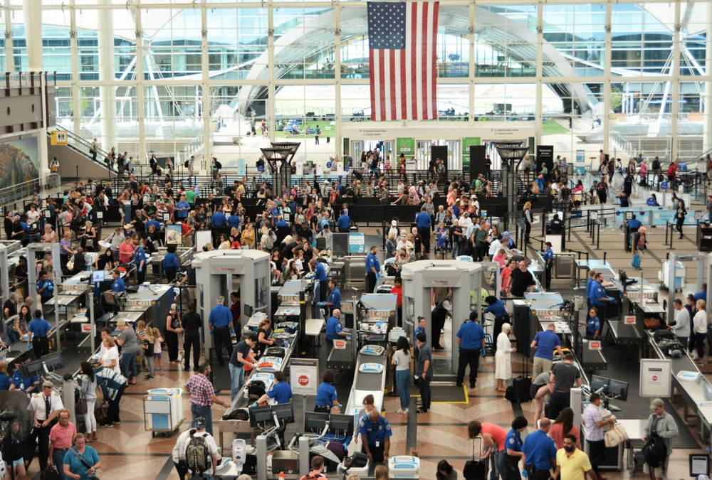 Millions of Holiday Travelers Converge on Airports Despite COVID-19