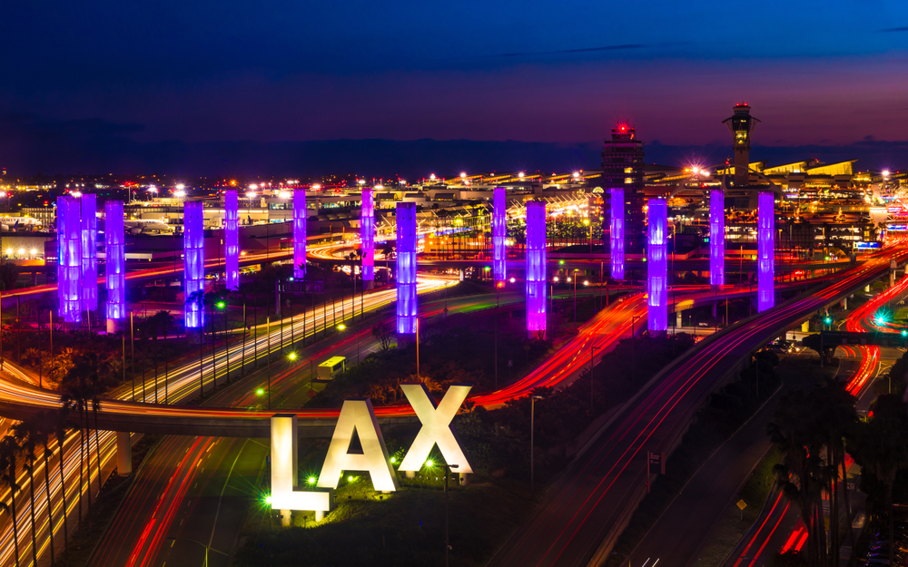 West Gates concourse opens at Los Angeles International Airport, adding 15 gates and a quarter-mile of restaurants and shops.