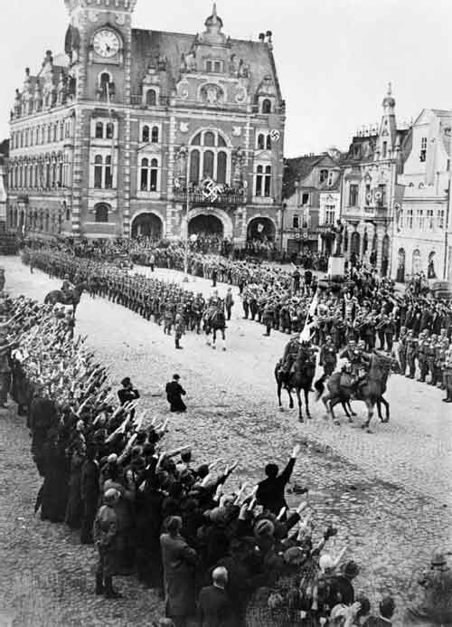 ww-march-rhineland-men-hors