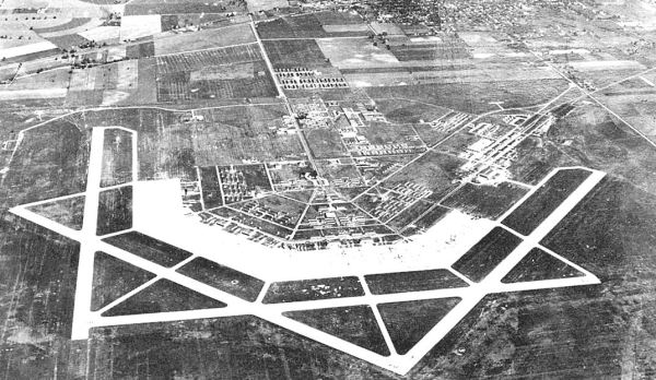 freeman army airfield museum freeman field flying - 1073×623