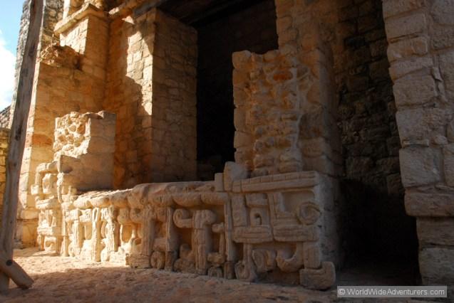 ek-balam-mayan-ruins-of-the-yucatan10