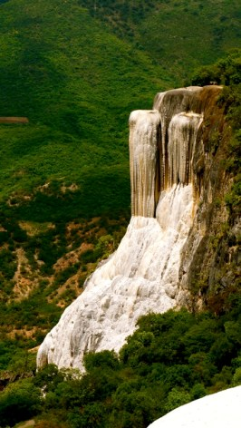 HIERVE EL AGUA - The Petrified Waterfall24