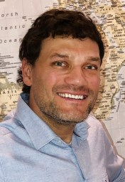 Isaac Sneeringer