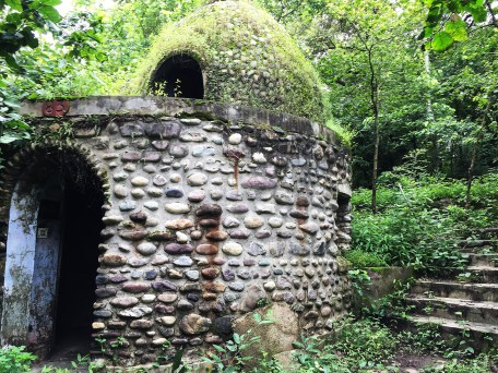 One of the domed stone huts.