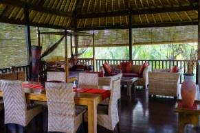 Open Dining/Lounge Villa