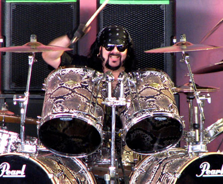 Vinnie Paul Playing Snakeskin Pearl Drumkit