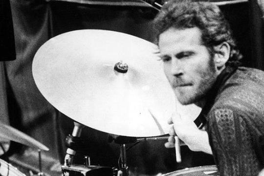 Levon Helm Drumming