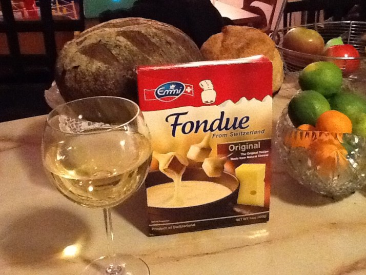 Cheese Fondue Package with Bread and Wine