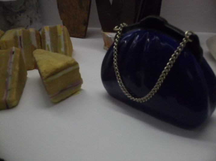 Cake Models and Small Purse