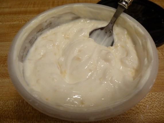 Noosa Peach Yoghurt