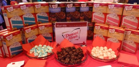 Duncan Hines Cake Display