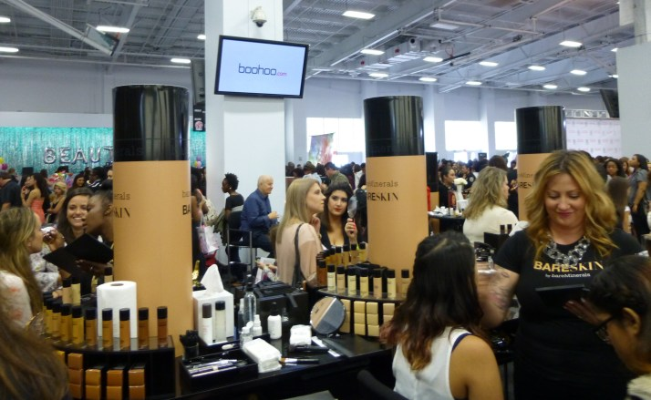 Bare Minerals Foundation Display