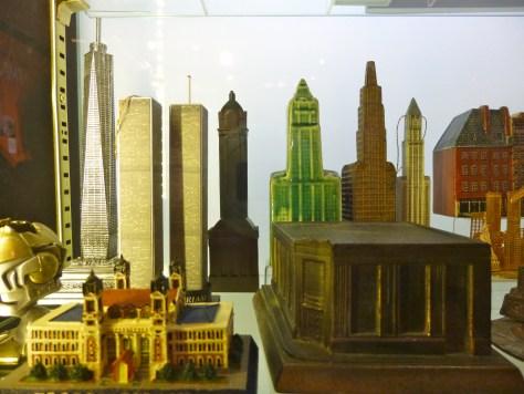 Souvenir Building Collection Detail
