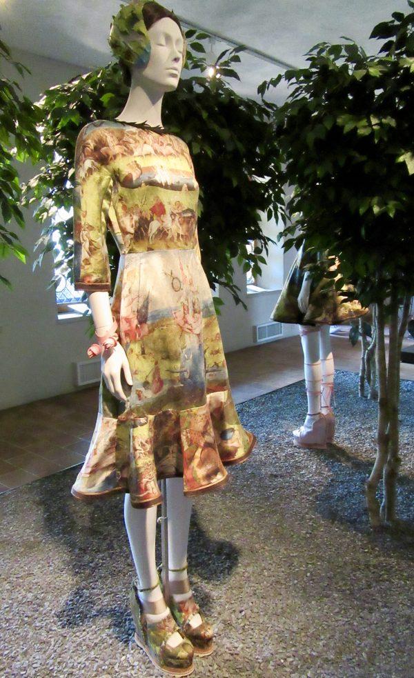 Bosch Dress Front