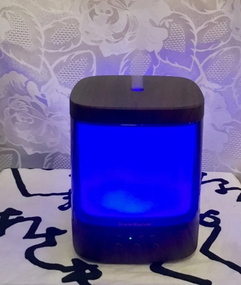 aromatherapy diffuser with steam photo by gail