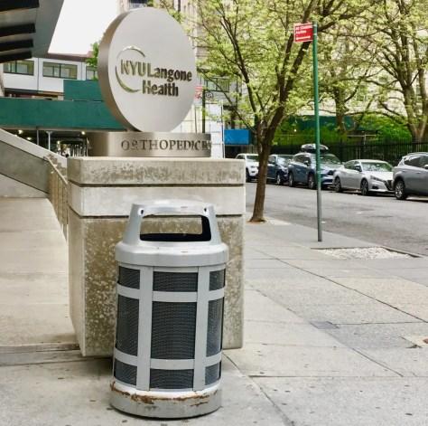 googly eye trash bin photo by gail worley