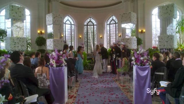 WH13 S03x04 Wedding happens
