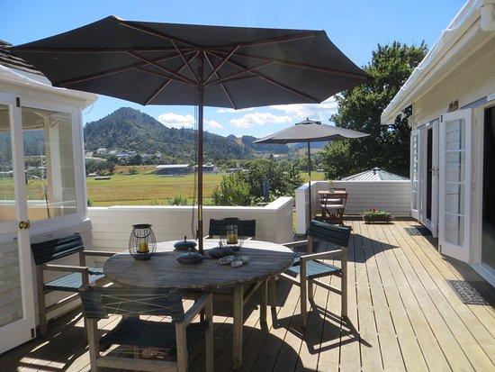 guest-terrace