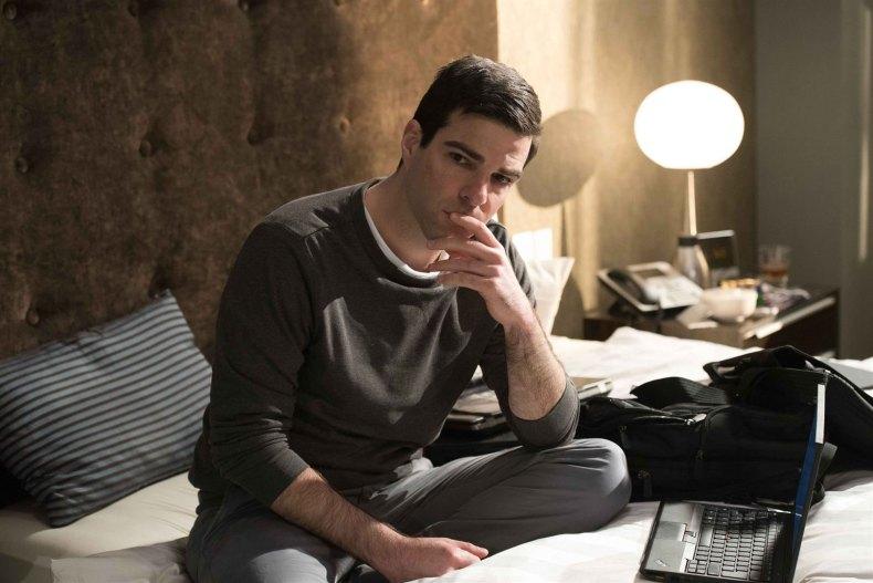 Zachary Quinto dans le rôle du journaliste Glenn Greenwald(image : allocine.fr)