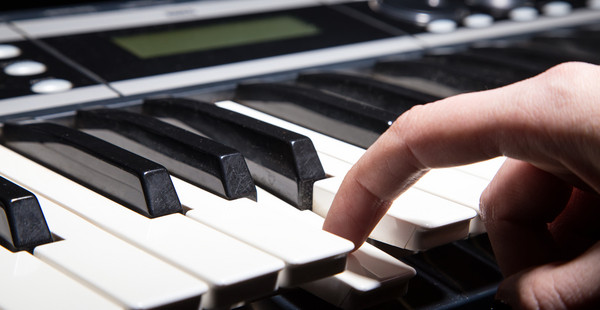 Why a Synthesizer Isn't the Holy Spirit - Worship Matters