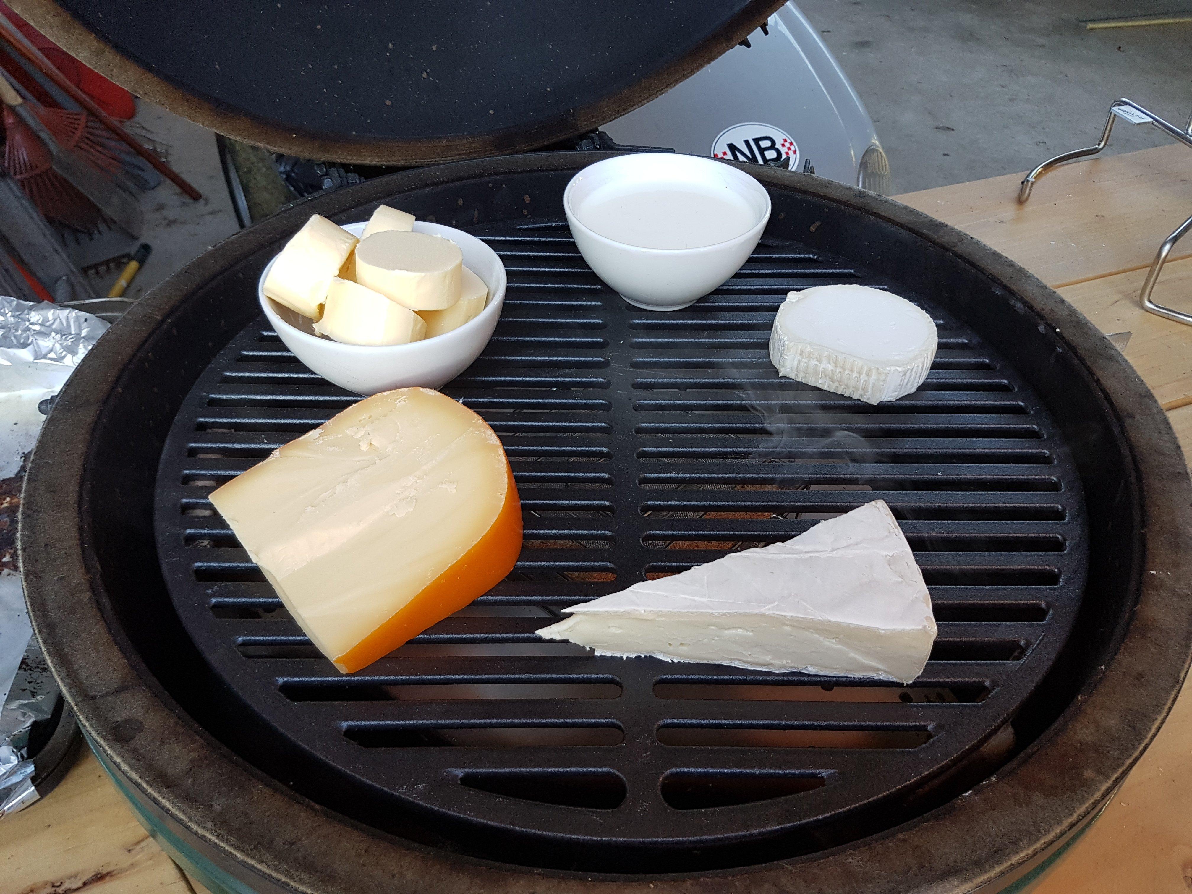 BGE koud roken van kaas, room en boter.jpg