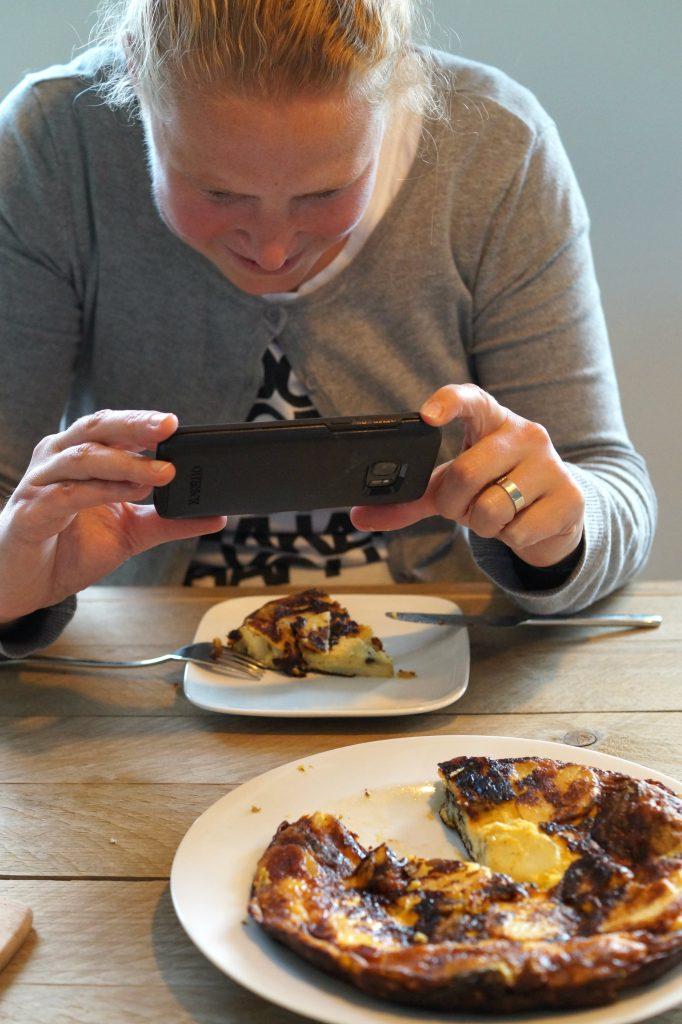 foto maken met telefoon van tortilla