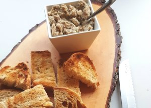 Makreel rillettes met boter