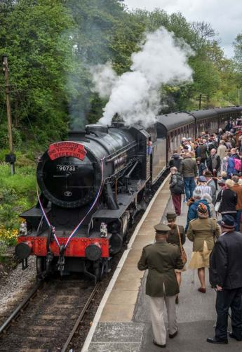 90733 celebrates VE Day with the crowds at Haworth