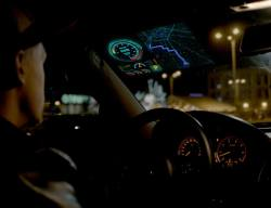 SkyScreen – Large transparent Head-Up Display