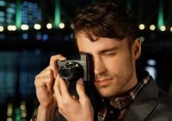 索尼SONY DSC-RX100 M3 黑卡数码相机,2010万有效像素,24-70mm蔡司T*镜头