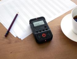 R-07 High Resolution Audio Recorder By Roland