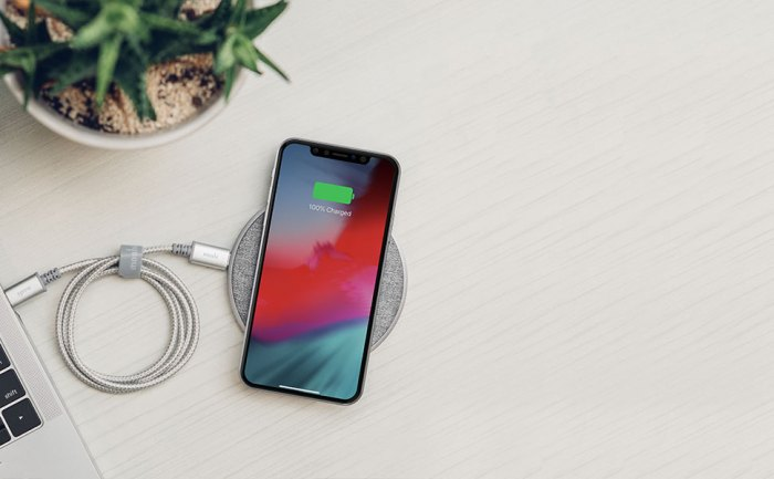 Otto Q Wireless Charging Pad By Moshi