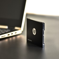 HP惠普 S700系列 500G 2.5英寸SATA接口固态硬盘