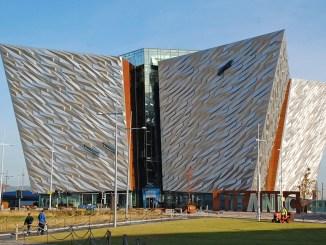 Außenansicht Titanic Museum in Belfast