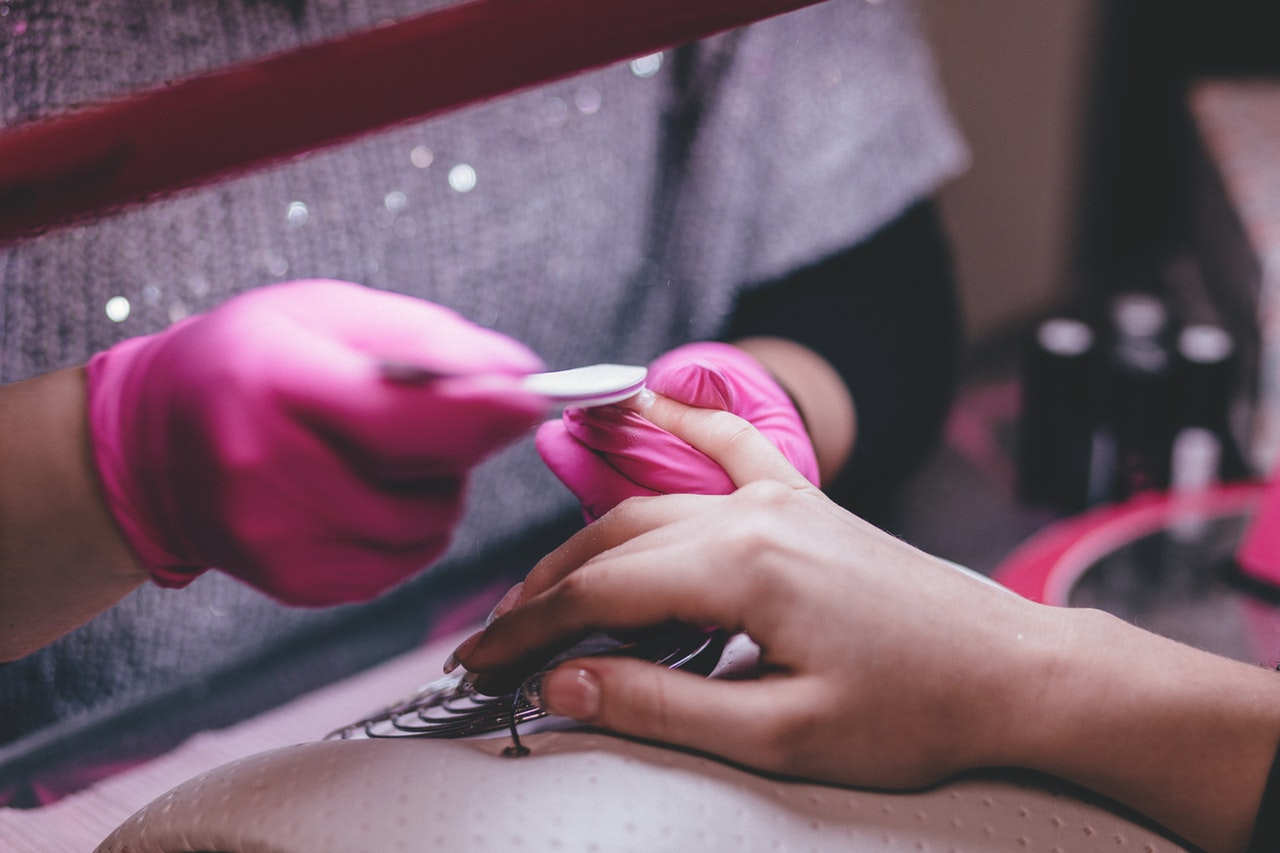 20 Nail Salon Names, Ideas, and Suggestions – Worth Start