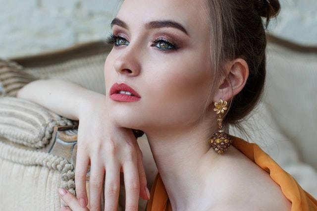 350 Catchy Makeup Artist Business Names