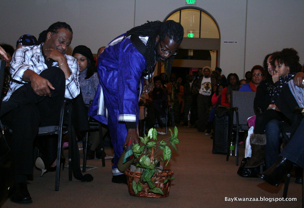 "Wo'se Community Church hosted ""Umoja,"" the first night of Kwanzaa, on December 26 at the Holy Redeemer Church in East Oakland. Umoja is swahili for Unity."