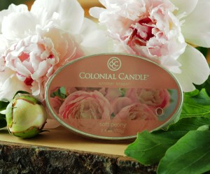 Wosk Colonial Candle Soft Peony